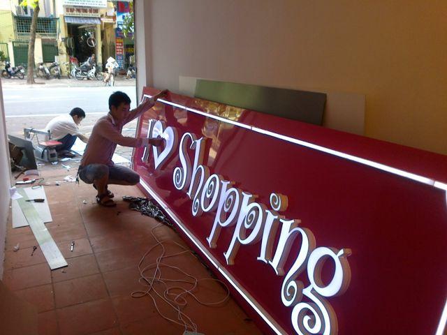 Làm biển quảng cáo chữ nổi tại Hà Nội